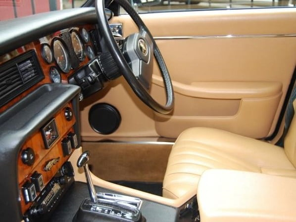 Jaguar XJ Series 3 interior