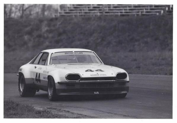 Jaguar XJ-S 78-44 racing car