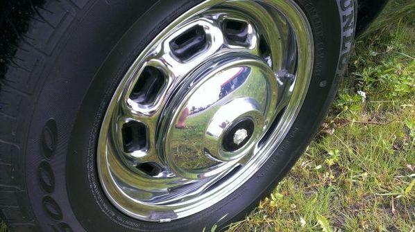 Jaguar XJC wheel