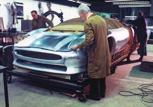 Jaguar XJ220 Concept handmade body