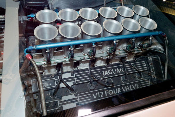 Jaguar XJ220 Concept V12 engine