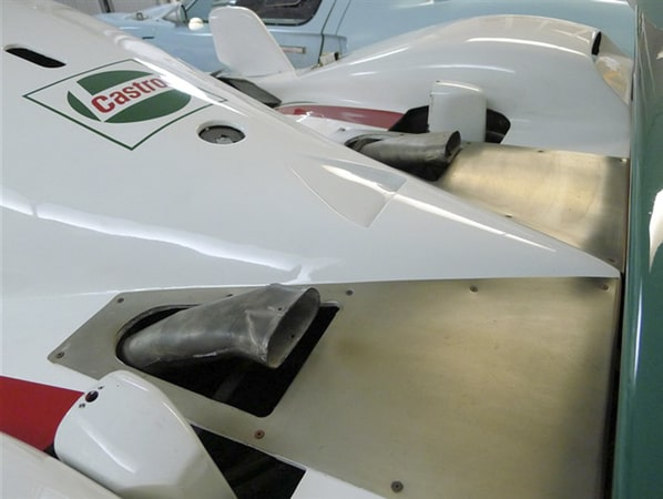 Jaguar XJR-10 ventilation ducts