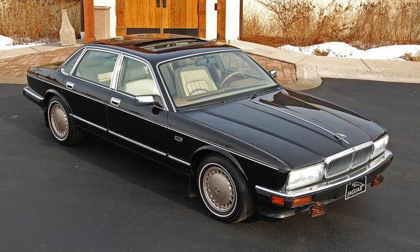 Jaguar Majestic (XJ40 Generation)