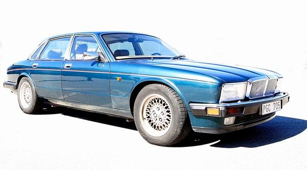 Jaguar Soverign (XJ40 Generation)
