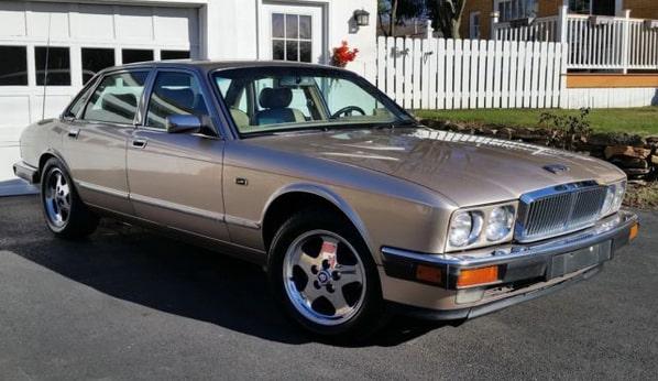 Jaguar Vanden Plas (XJ40 Generation)