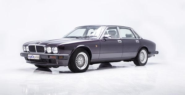 Jaguar XJ12 (XJ40 Generation 3)