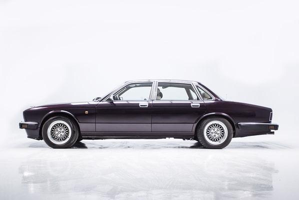 Jaguar XJ40 Generation 3 (XJ12)