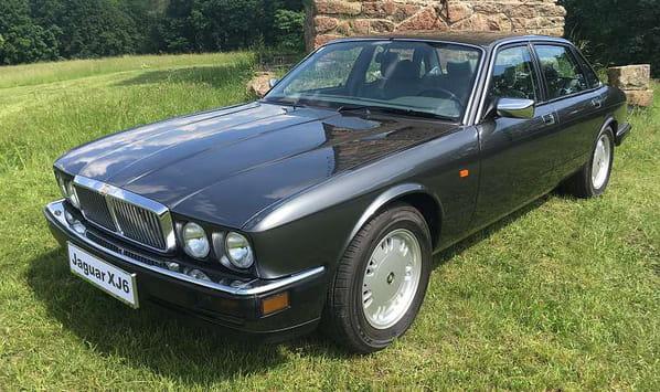 Jaguar XJ6 Gold (XJ40 Generation 3)
